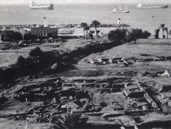 excavations with the Congregational Mosque